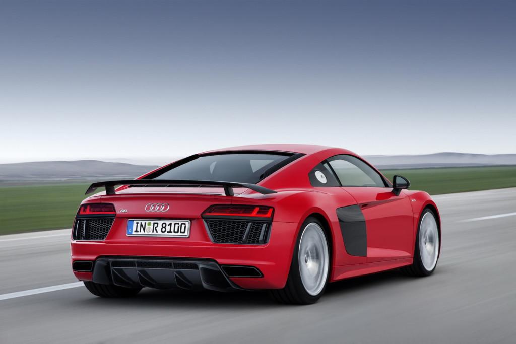 Nowe Audi R8 (2015) - tył podczas jazdy