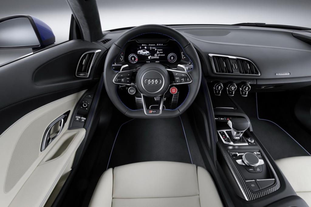 Nowe Audi R8 (2015) - pozycja kierowcy