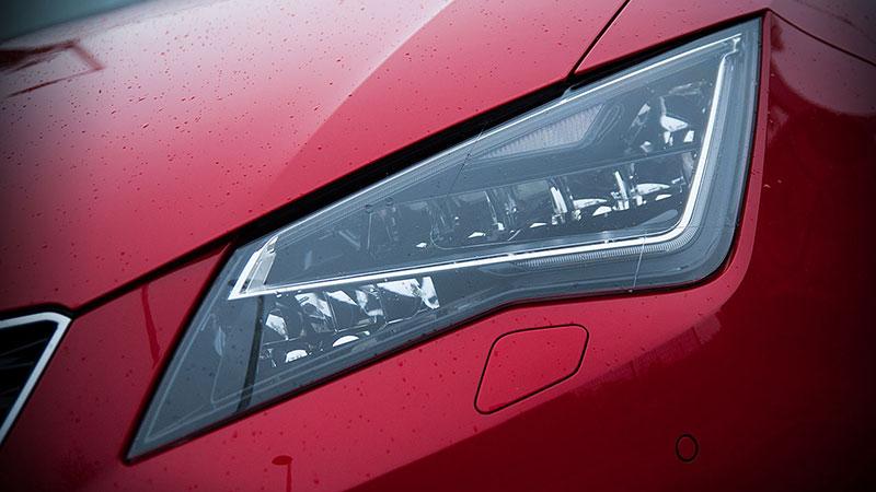 Seat Leon w wersji Style światła LED ma w standardzie