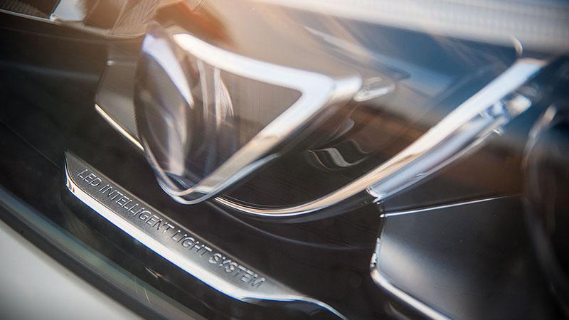 Mercedes LED Intelligent Light System - jego działanie może czasami zadziwić