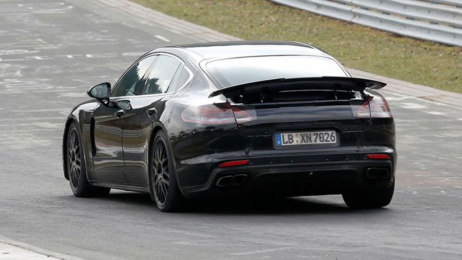 Porsche Panamera 2016 - zdjęcie szpiegowskie (widok z tyłu)