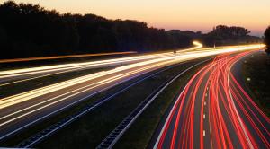 Utrata prawa jazdy za przekroczenie prędkości o 50 km/h w terenie zabudowanym – moim zdaniem to dobry pomysł