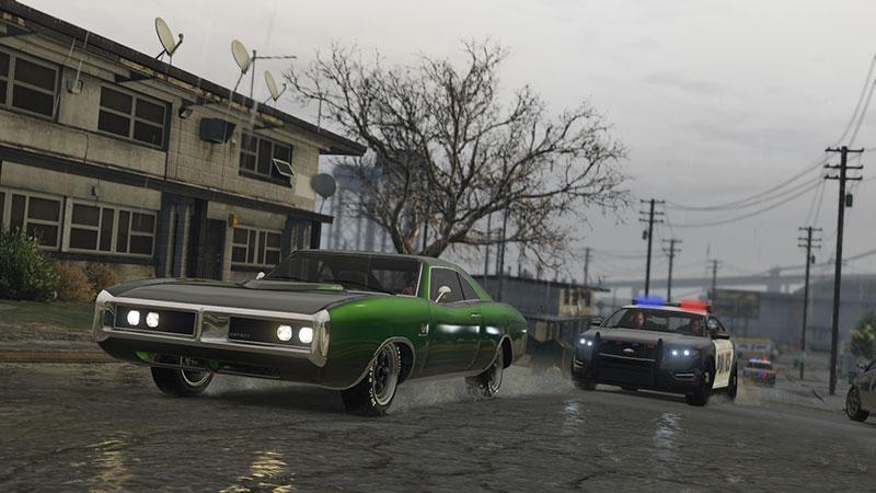 W Grand Theft Auto V pościgi policyjne są na porządku dziennym