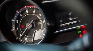 Mazda 3 ma najładniejsze zegary samochodowe? Według mnie tak, a zdjęcia to potwierdzają