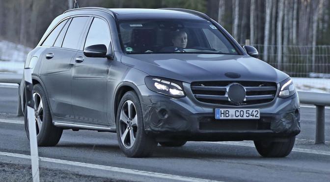 Nowy Mercedes GLC – zdjęcia szpiegowskie rzucają na tego SUV'a więcej światła