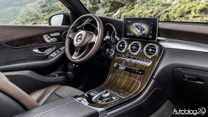 Nowy Mercedes GLC - zdjęcie wnętrza