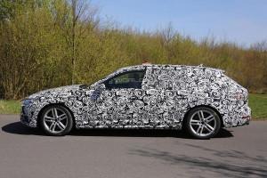 Nowe Audi A4 B9 (2016) - bok samochodu z nadwoziem kombi