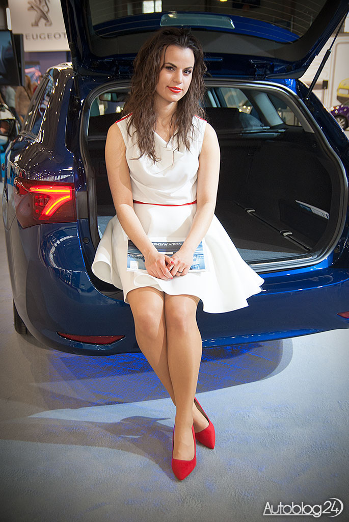 Poznań Motor Show hostessy - Toyota Avensis