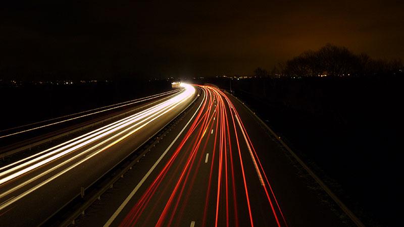 Jazda w nocy autostradą