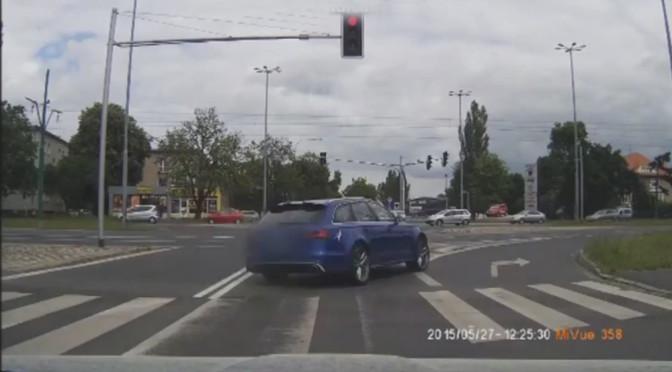 Nowe Audi RS6 – wypadek w Poznaniu (wideo)