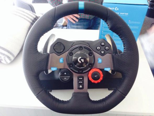 Pierwsza kierownica firmy na PS4 - Logitech G29