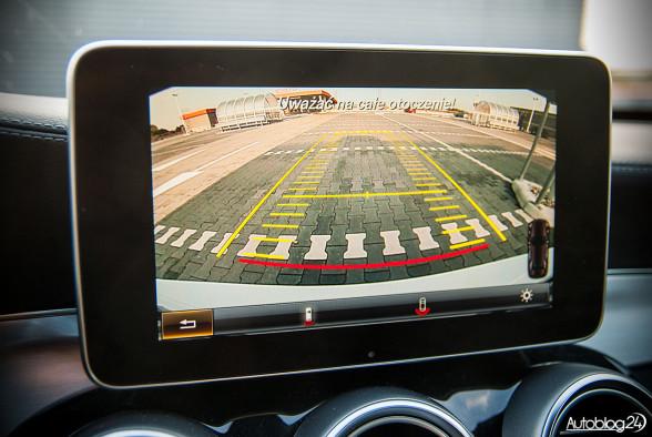 Mercedes Klasy C (C200) też ma kamerę cofania