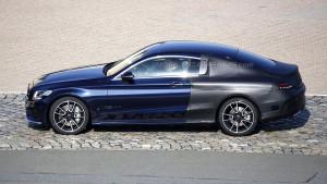 Mercedes Klasy C Coupe W205 - atrakcyjna linia boczna