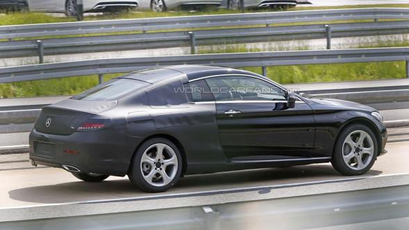Mercedes Klasy C Coupe W205 - detale tylnej części nadwozia