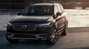 Nowe Volvo XC90 to najbardziej elektryzujący model tej marki od lat. Z jednym sporym minusem