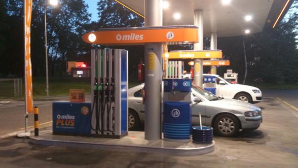 Stacja benzynowa - niechętnie na nią jeździmy