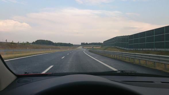 Droga ekspresowa S7 - nie ma na niej miejsca na drobny przydrożny handel