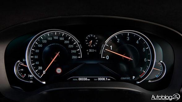 BMW Serii 5 G30 - zegary