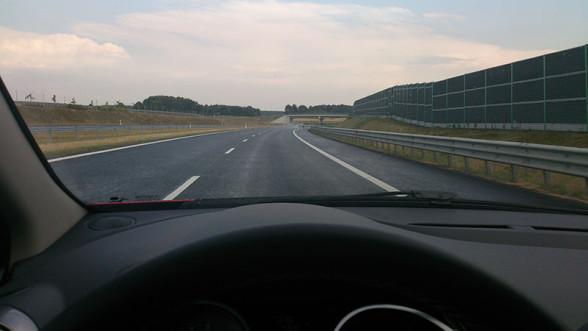 Droga ekspresowa S7 - przykład nowoczesnej infrastruktury drogowej