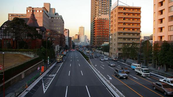 W Japonii występuje ruch lewostronny