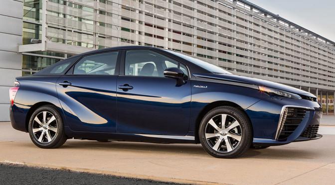Toyota Mirai, wcześniej Prius – czemu te samochody TAK wyglądają?