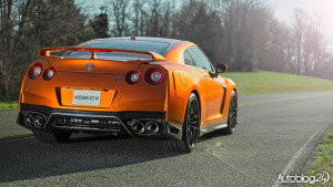 Nissan GT-R 2017 - tył