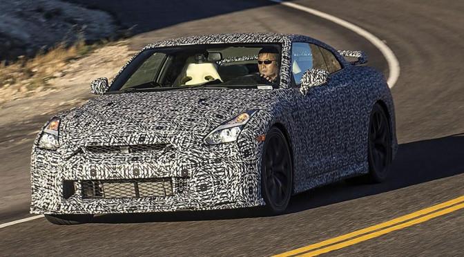 Nowy Nissan GT-R (2017) - zdjęcia szpiegowskie. Dużych zmian w wyglądzie nie powinniśmy oczekiwać