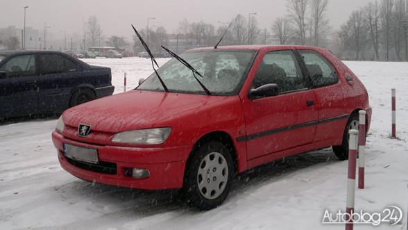 Peugeot 306 zimą