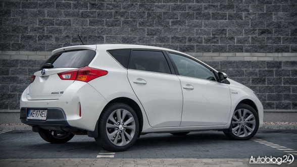 Toyota Auris Hybryd - tył samochodu