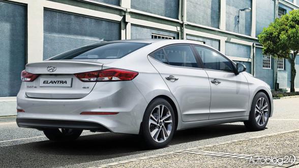 Nowy Hyundai Elantra - tył samochodu