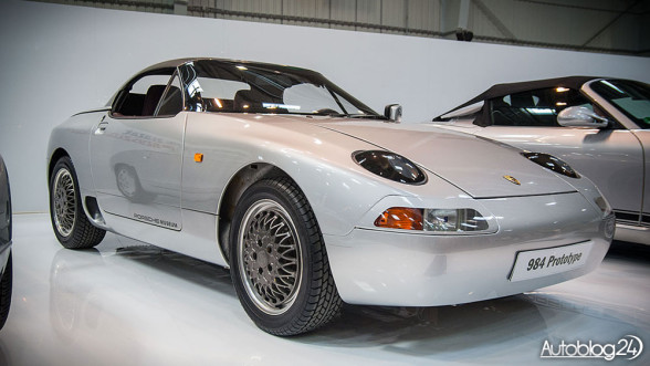 Model Porsche 984 Prototype
