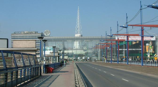 Poznań Motor Show – parking i dojazd. Praktyczne porady dla zwiedzających