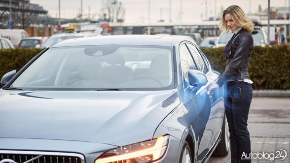 Volvo - otwieranie samochodu smartfonem