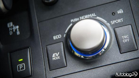 Lexus - EV Mode (tryb elektryczny)