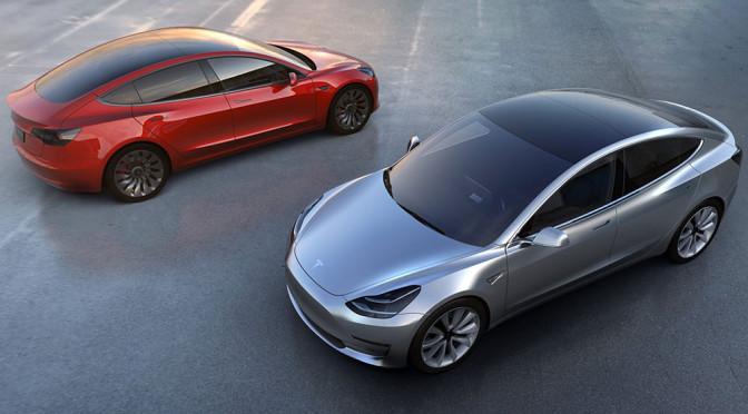 Tesla Model 3 pokazana - znana jest cena, zasięg, osiągi i zdjęcia elektrycznego samochodu za rozsądną cenę