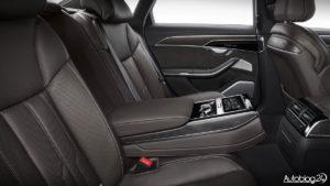 Audi A8 D5 - tylna kanapa