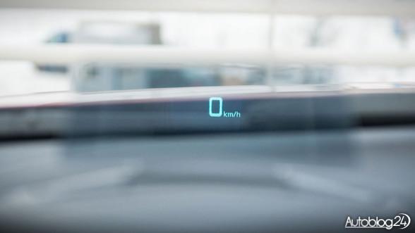 Mazda 3 - HUD