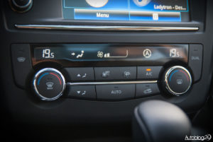 Renault Kadjar wnętrze - 07