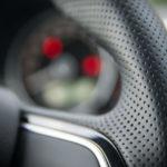 Skoda Citigo (wnętrze) - 09 - skórzana kierownica