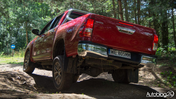 Toyota Hilux 2016 - zawieszenie