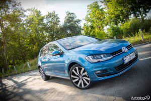 Volkswagen Golf - 09
