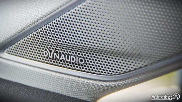 Volkswagen Golf Highline - system Dynaudio