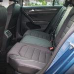 Volkswagen Golf wnętrze - 16