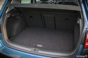 Volkswagen Golf wnętrze - 19