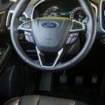 Ford Edge wnętrze - 02