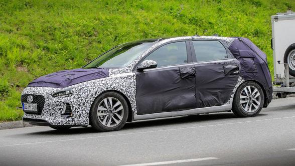 Hyundai i30 - zdjęcia szpiegowskie