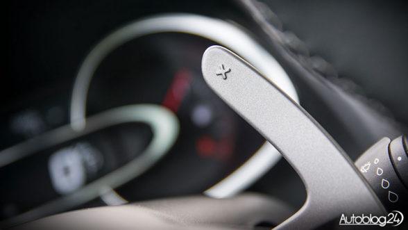 Renault Clio - łopatki zmiany biegów