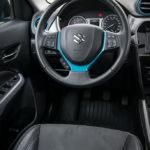 Suzuki Vitara wnętrze - 02