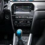 Suzuki Vitara wnętrze - 03