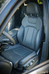 Audi Q7 zdjęcia wnętrza - 13